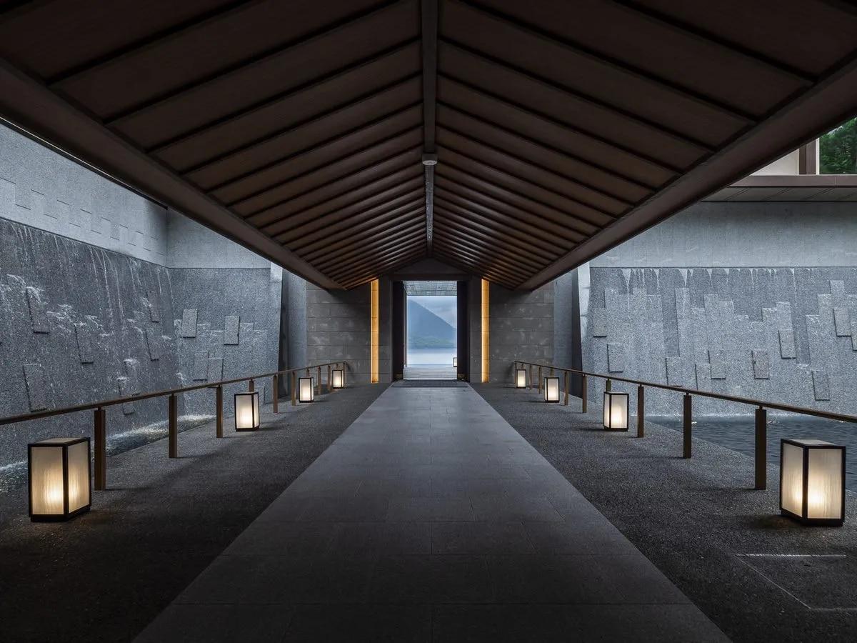 The LakeSuite KO no SUMIKA / 北海道 洞爺 95